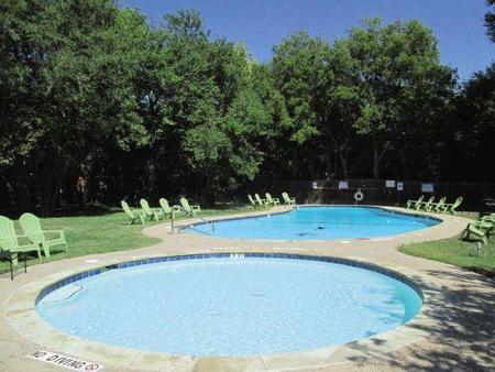 Monterrey Pool